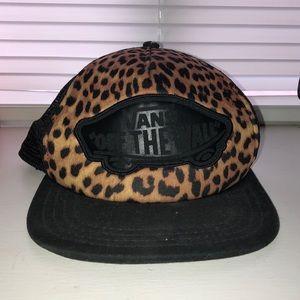 Adjustable Leopard Vans Hat 🖤